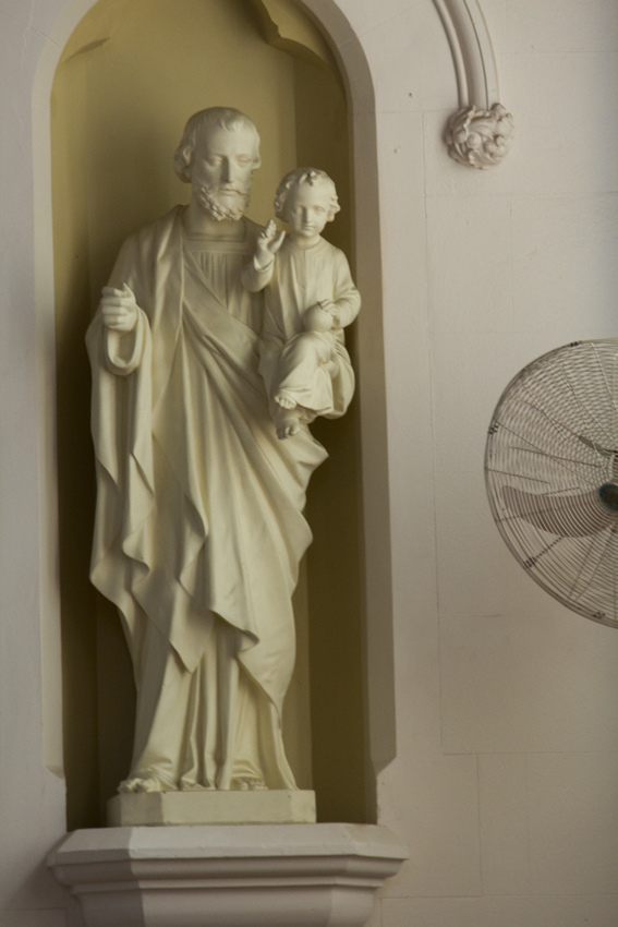 Statue Of St Joseph And The Child Jesus White Washed